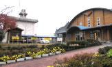 西浦小学校(約0.2km)